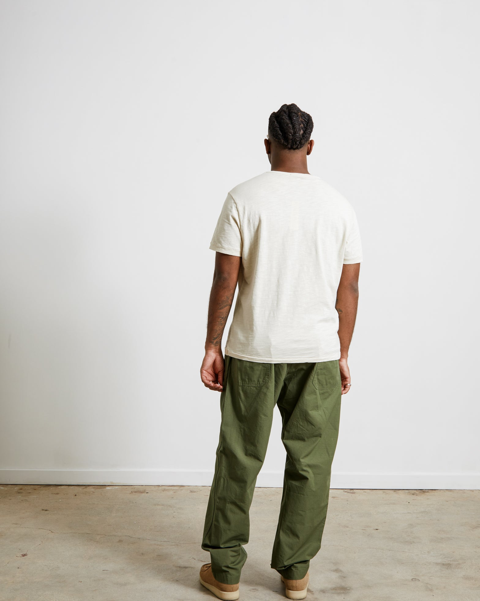 Standard T-Shirt in Oat Milk
