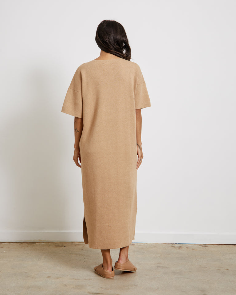 Interlock Tall T Dress in Tannin