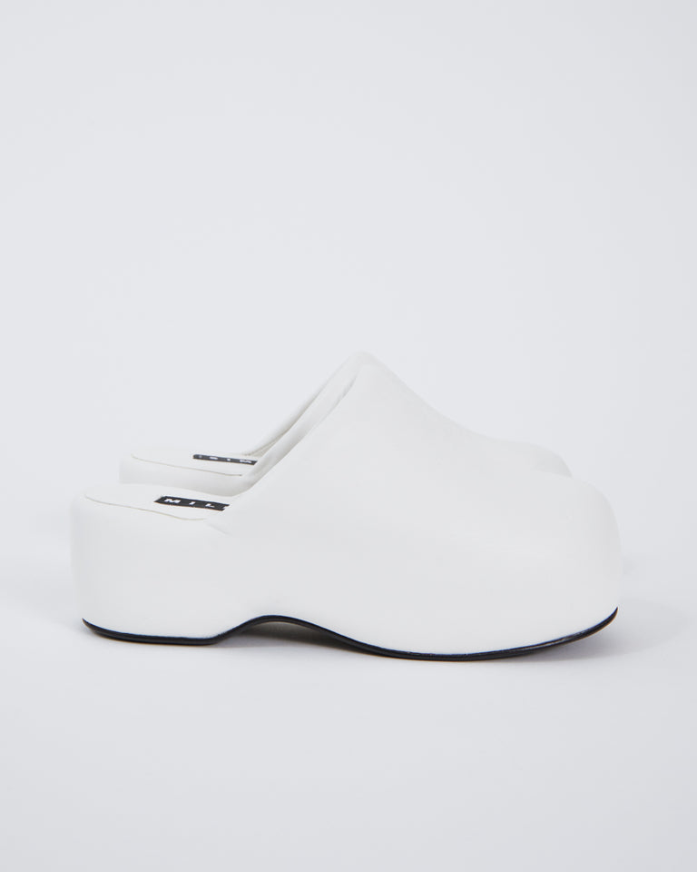 Bubble Clog in White
