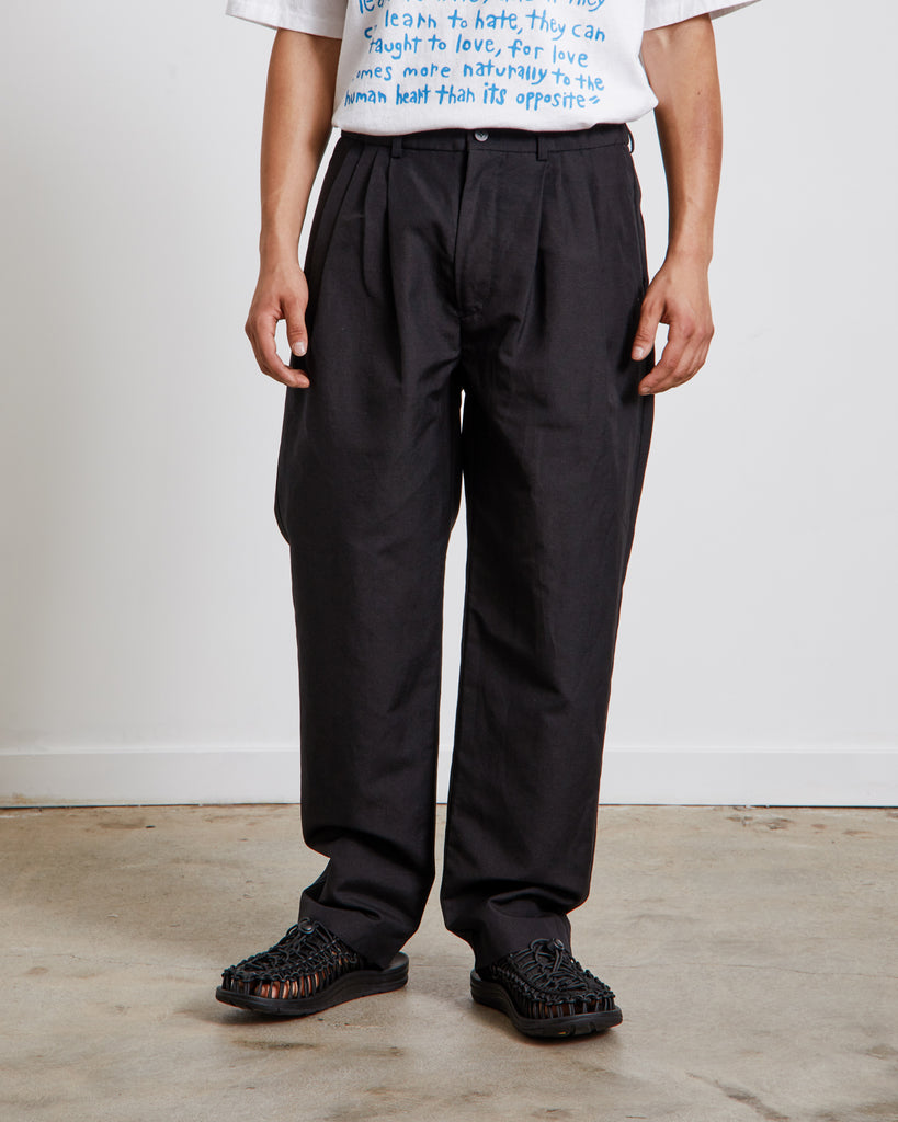 W/Li 4 Tuck Pants in Black