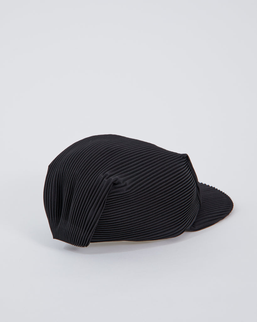 AA501 Cap in Black