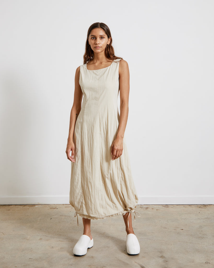 Volume Dress in Beige