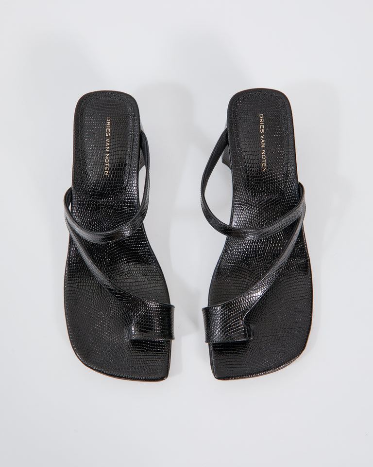 WS211/132/H45 Sandals in Black