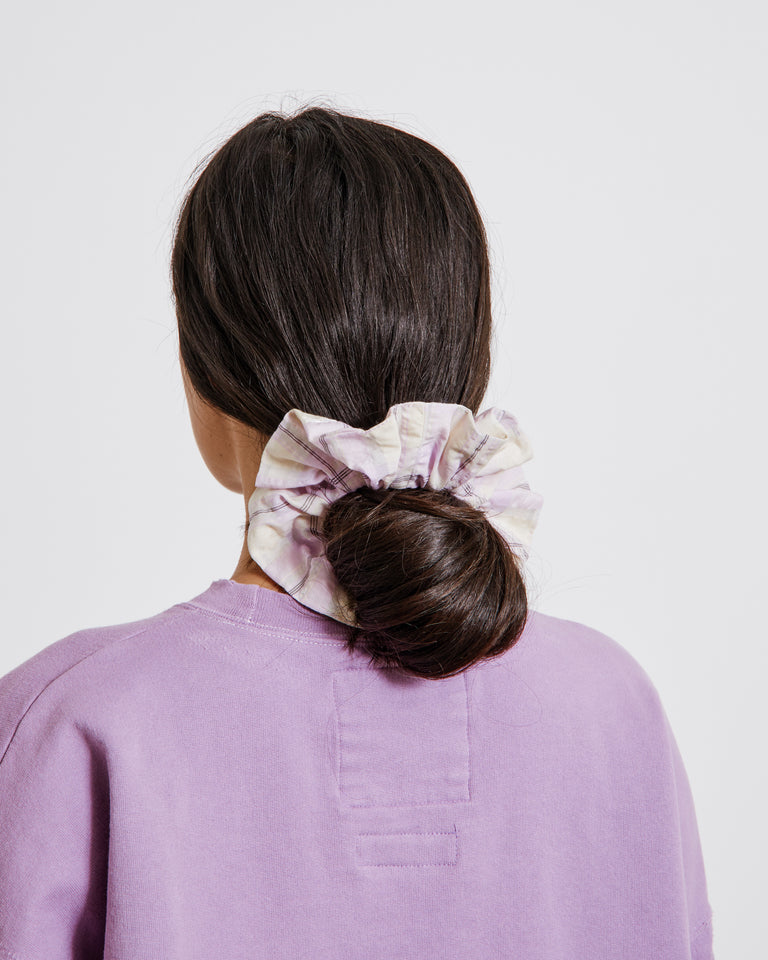 Seersucker Check Scrunchie in Orchid Bloom