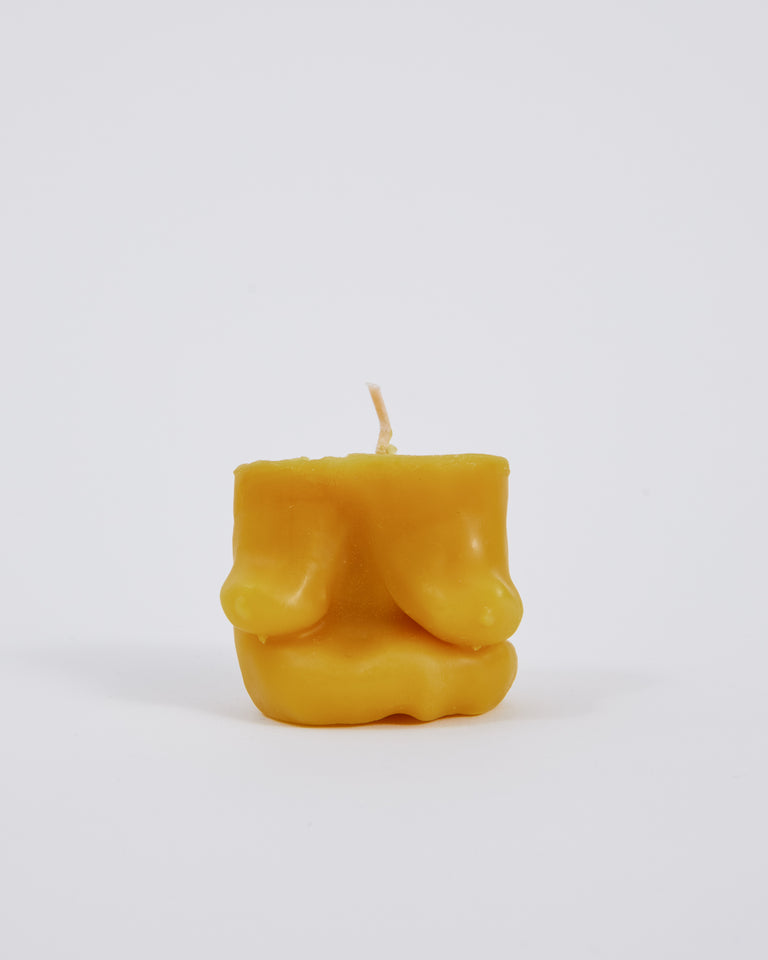 Short Candle in Beeswax