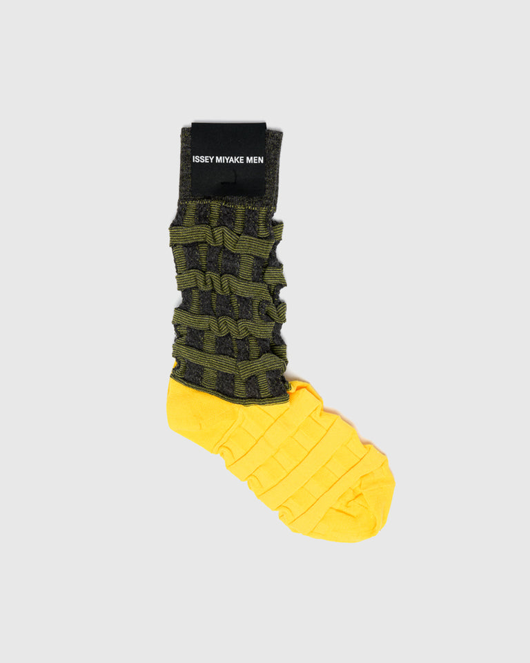 Two-Tone Color Socks in Yellow