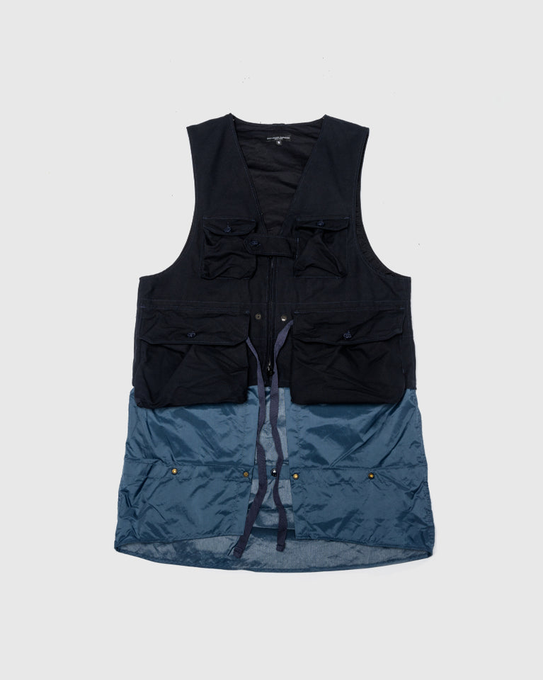 Game Vest in Navy