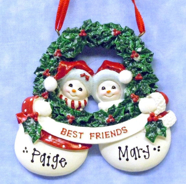 Best Friends Snow Big Wreath
