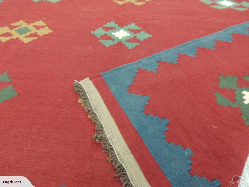Persian Hand Made Shiraz Kilim Rug Size: 272x194cm