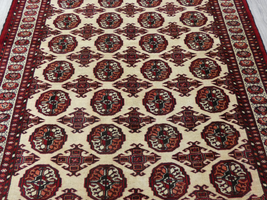 Antique Persian Hand Knotted Baluchi Rug Size: 180 x 132cm