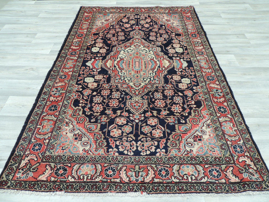 Persian Hand Made Nahavand Rug Size 200 x 133cm
