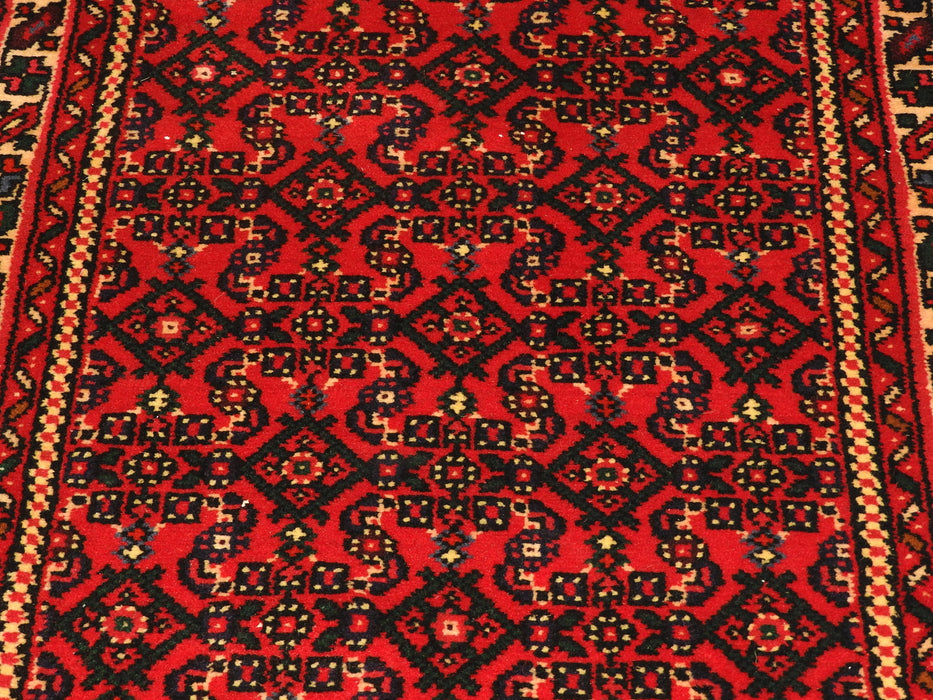 Persian Hand Knotted Hossein Abad Runner Size: 80 x 1081cm