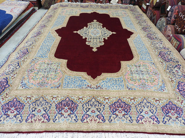 Persian Hand Knotted Kerman Rug Size: 428 x 298cm