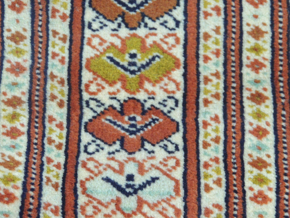 Persian Hand Knotted Turkman Rug Size 190cmx142cm