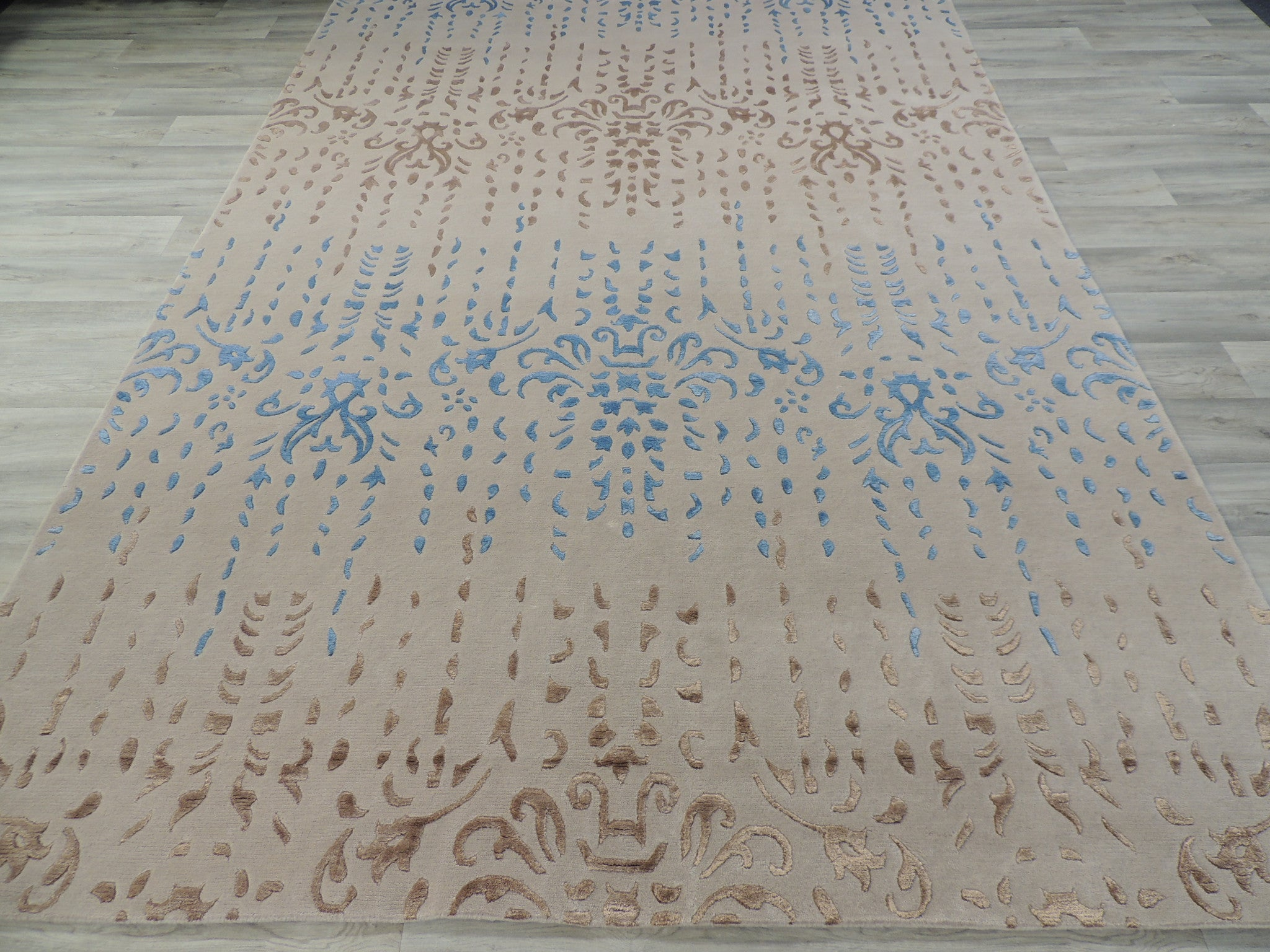 Hand Knotted Modern Wool & Silk Erased Design Rug Size: 200 x 300cm