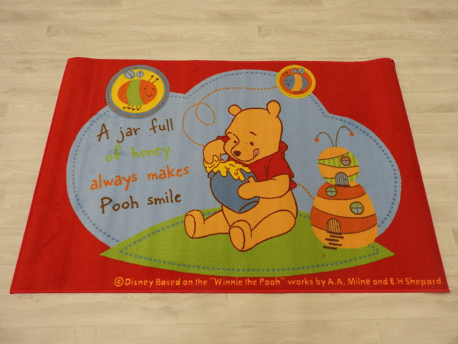 "Kids Mat "" Pooh Honey"" Size: 100 x 150cm"