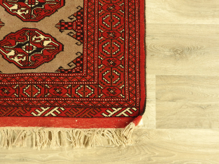 Persian Hand Made Turkman Rug Size: 85 x 125cm