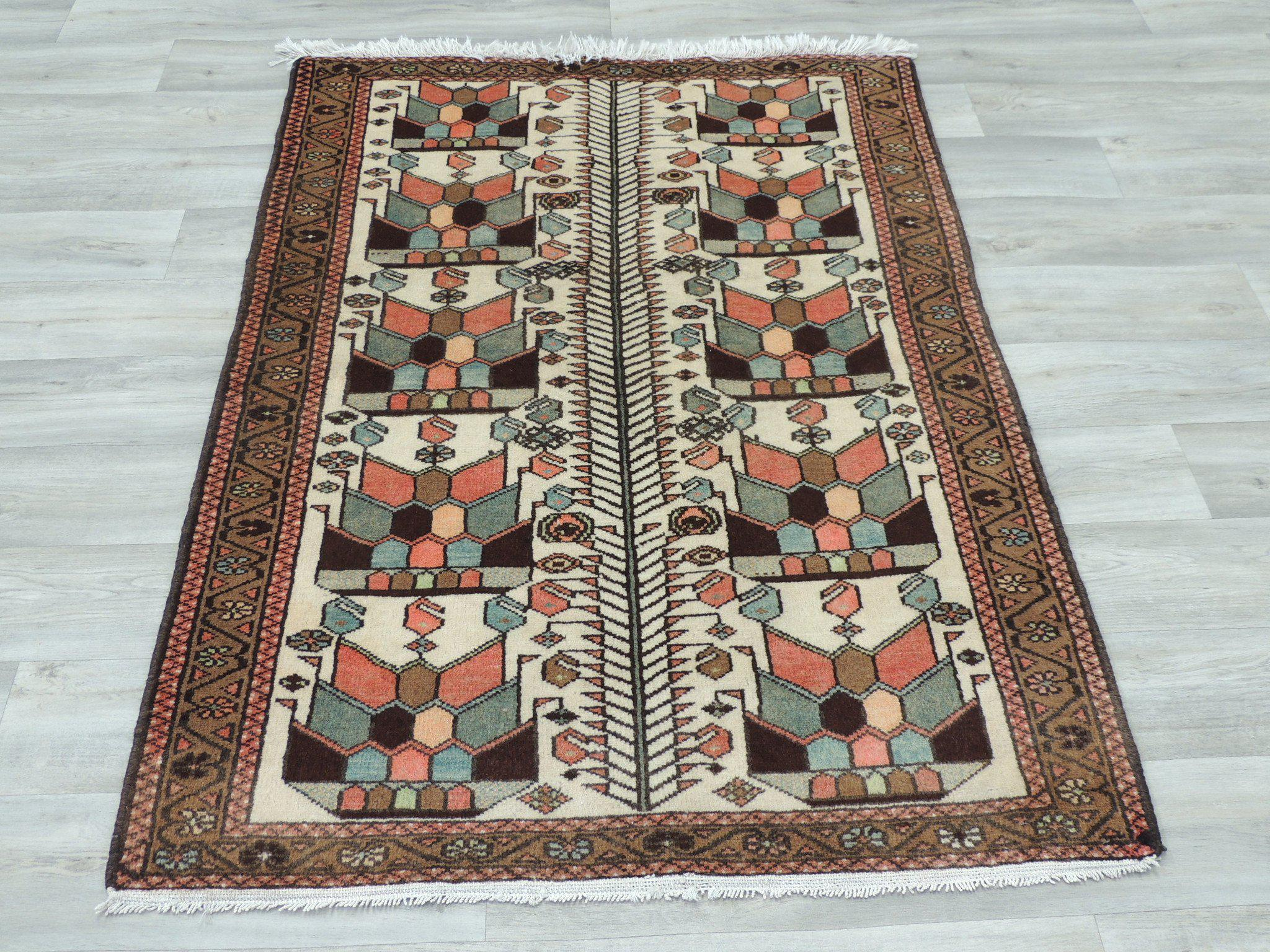 PERSIAN PURE WOOL SAVEH RUG (105  x 153cm)