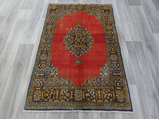 Persian Hand Knotted Shahrreza Rug Size: 100 x 160cm