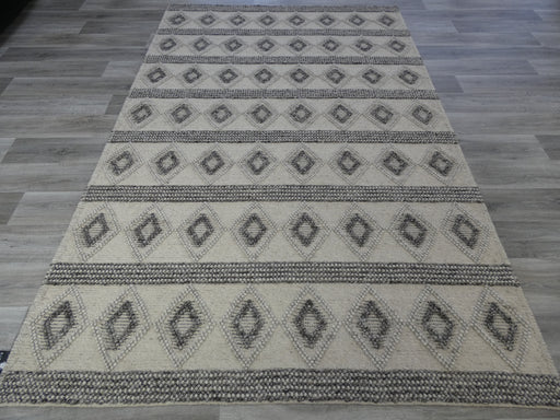 100% Wool High-Low Loop Pile Rug