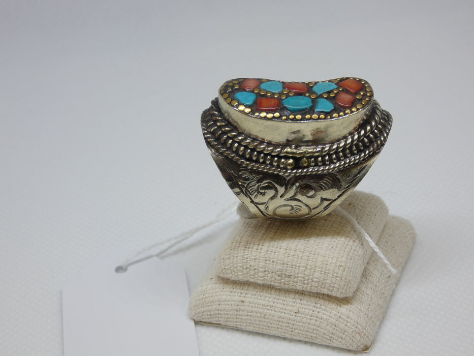 Handmade and Traditional, Napalese Ring-Afghan Accessories Necklace-Rugs Direct
