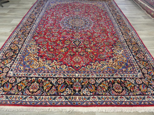 Persian Hand Knotted Najaf Abad Rug Size: 400 x 295cm