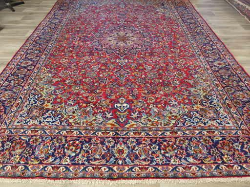 Persian Hand Knotted Najaf Abad Rug Size: 405 x 305cm