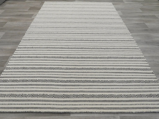 Hand Made 100% Wool Flatweave Rug