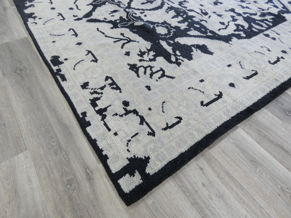 NZ Wool Hand Knotted Vintage Design Rug Size: 246 x 295cm