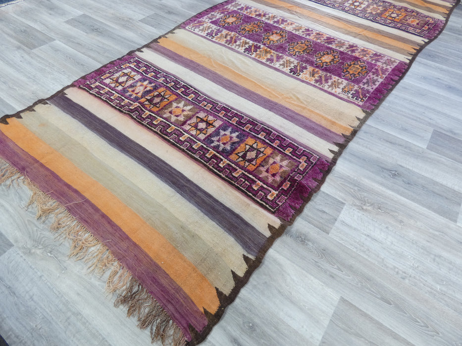 Moroccan Kilim Vintage Rug Handmade In The Atlas Mountains In Morocco Size: 385 x 170cm