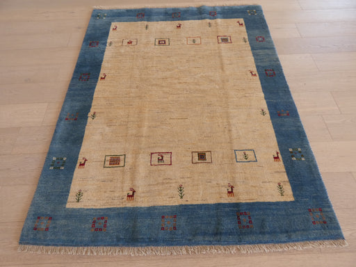 Authentic Persian Hand Knotted Gabbeh Rug Size: 152 x 191cm