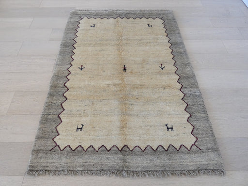 Authentic Persian Hand Knotted Gabbeh Rug Size:115 x 158cm