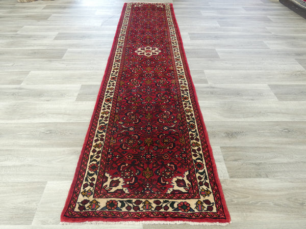 Persian Hand Knotted Hosseinabad Runner Size: 310 x 74cm