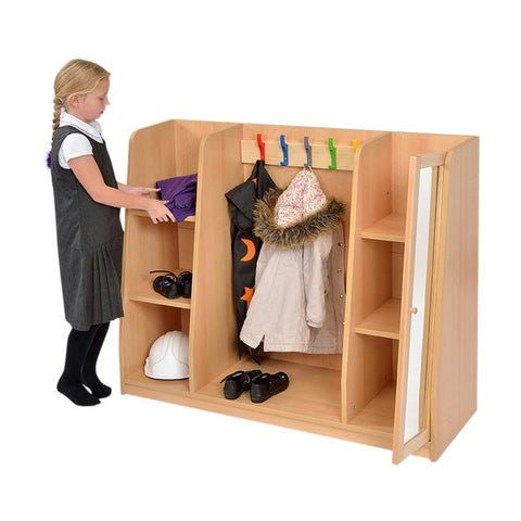 Dress-up Hub in use, Wooden , Storage