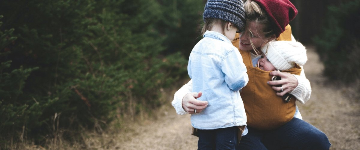 3 Ways to Emotionally Connect With Your Child | Hugs For Kids