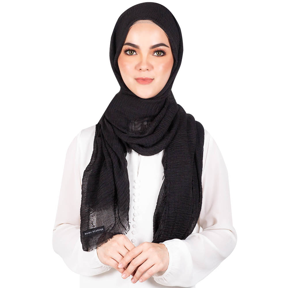 mUMu Arabic Shawl in Black