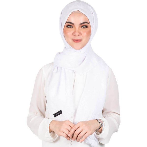 mUMu Arabic Shawl in White