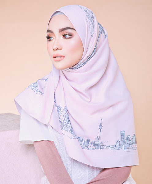 Skyline Series Shawl Edition in Cream Puff