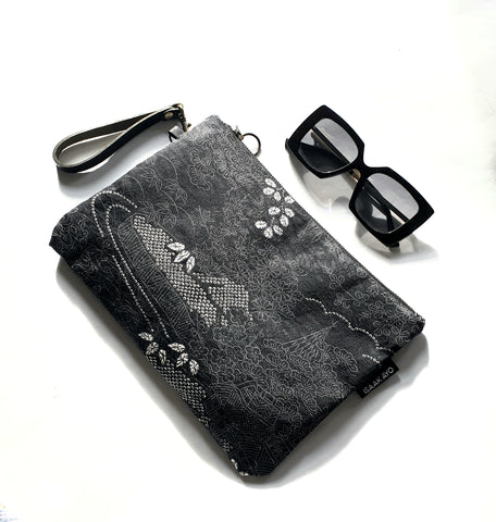 """Tomomi"" zip clutch bag/makeup bag"