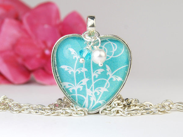 Aqua Tendrils Heart Necklace