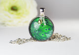 Green Paradise Round Pendant Necklace
