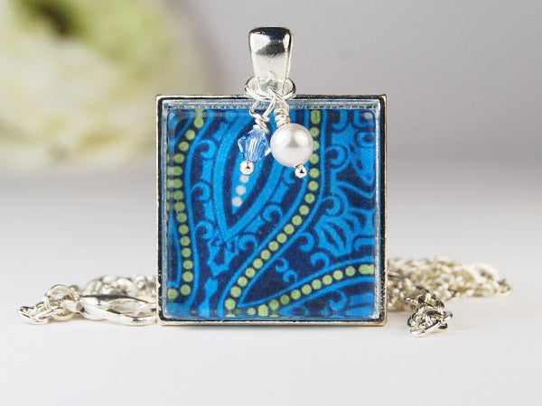 Seawave Square Pendant Necklace