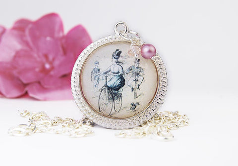 Vintage Bicycle Round Pendant Necklace