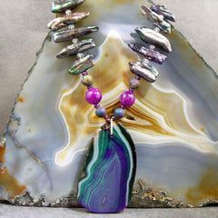 agate semi-precious gemstone necklaces pendant design