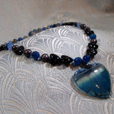 agate heart shaped pendant necklace uk