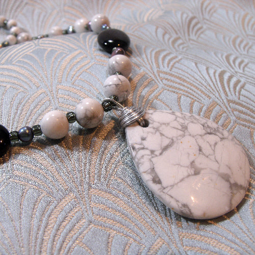white howlite pendant necklace, handmade gemstone jewellery necklace uk