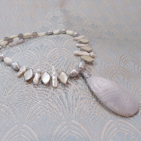 White Statement Necklace (A15)