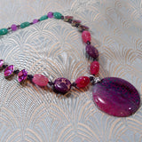 agate pendant necklace, semi-precious stone jewellery uk, agate handcrafted necklace