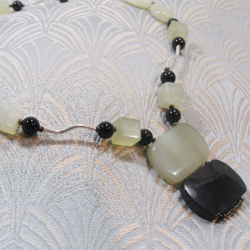 jade necklace, unique gemstone jewellery uk, jade jewellery