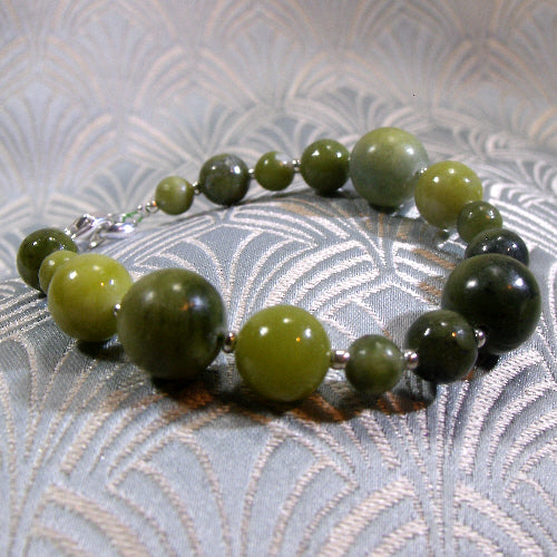grass green jade bracelet, gemstone jewellery design
